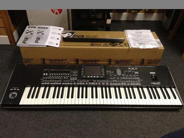 Yamaha Tyros 5, Yamaha Tyros 4 - Connemara - Musical instruments